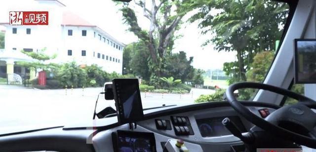 新加坡将测试一款预约无人驾驶公交车的应用程序