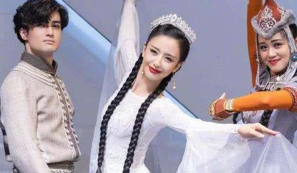 """都说佟丽娅不适合演""""小龙女"""",定妆照一出,网友:赛过神仙姐姐"""