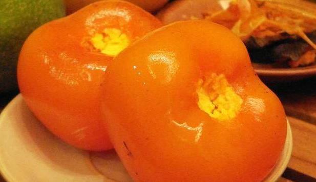 火晶柿子怎么吃?据说,只有北方人才吃过油炸的火晶柿子