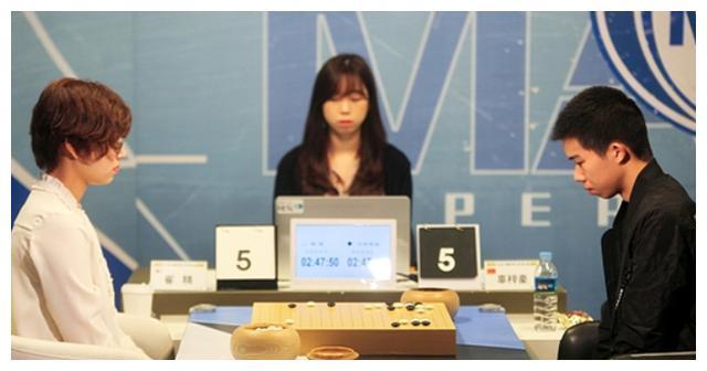 崔精今年对战男棋手成绩如何,三世界冠军成刀下魂,胜率出人意
