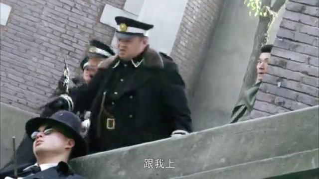 爸爸父亲爹:五原为救自己的妹妹,和张雄一起对战一个警察局