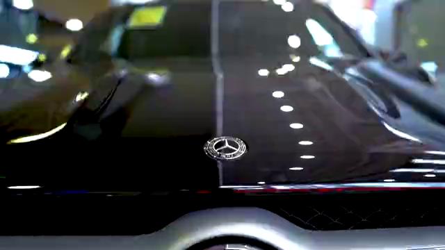 视频:新款奔驰GLE450惊喜到店火热抢购不要错过