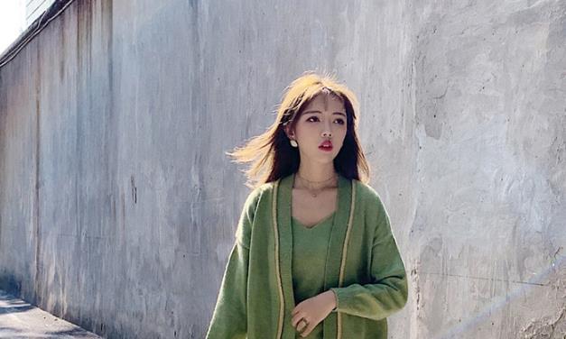 模特毛里求斯亮相,大眼睛水灵有魅力,身材更是苗条纤细