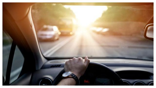 真正会开车的人,可能有这8个开车好习惯,看看你有几个?