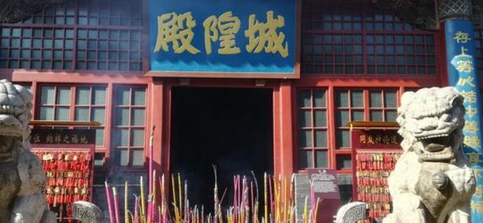 """陕西最""""炫富""""的城隍庙!华美不输宫殿,没在西安却在小县城里"""