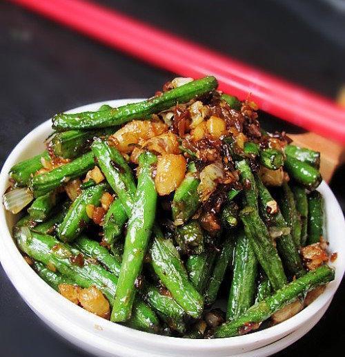 【干煸豆角】一道快手家常菜,做法很简单,非常下饭,好吃停不下