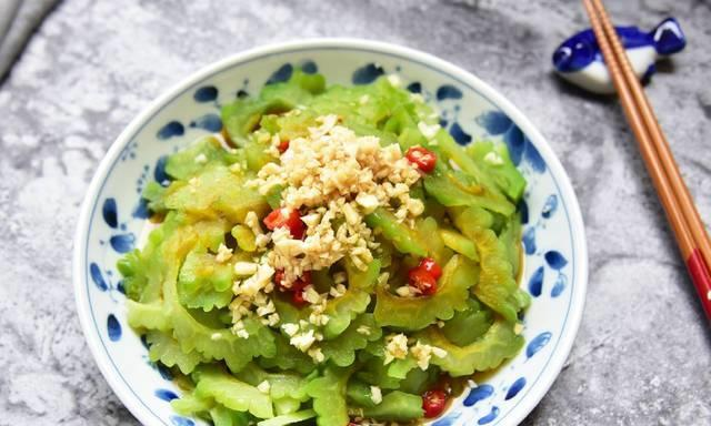 蒜蓉苦瓜,辣炒圆白菜,虾皮炒菠菜,新版地三鲜清单健康