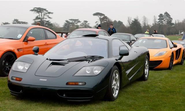 迈凯伦F1原型车,十亿身家富豪只能试坐感受,不能随便启动