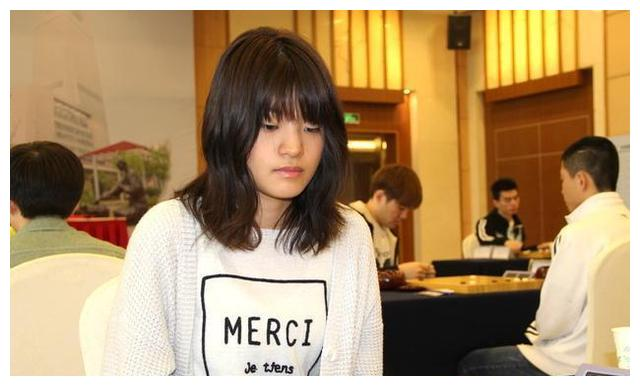 崔精今年对战女棋手战绩如何,42胜4负,谁能战胜崔女王呢