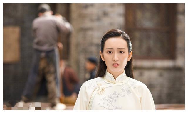 芝麻胡同19-20集:宝凤耍心机想嫁给何冰,王鸥怀孕逃出医院