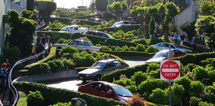 九曲花街,世界上最弯曲的街道,成为旧金山最吸引人的一条街