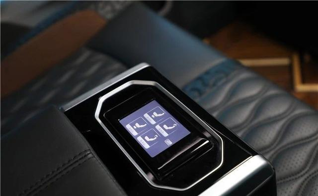 有了这台宾法版奔驰V260L,干嘛还要花一百多万买埃尔法?