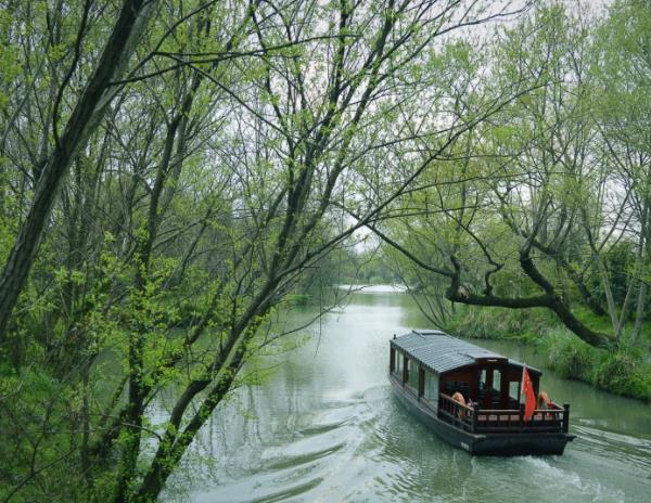 """中国最适合""""定居""""的几座城市,杭州只能排第5,第1实至名归"""