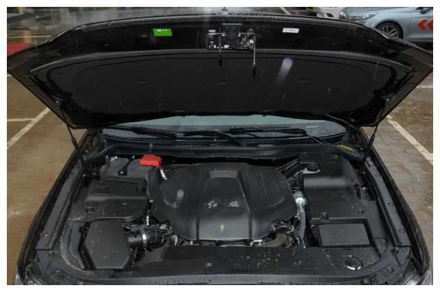 最高端国产车,车长5米,V6引擎,80万档次仅卖30万!