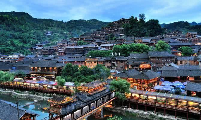 """又一中国景点被""""拉黑"""",游客:宰客现象太严重,连饭都吃不起!"""