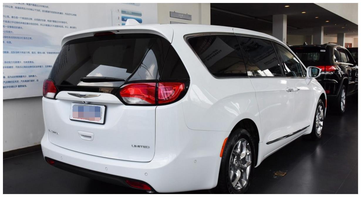 买别克GL8不如买它!比奔驰R级气派,月销过万,低至49万