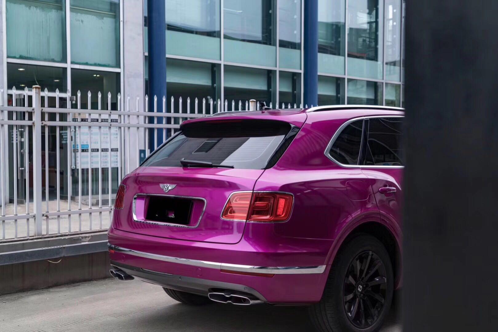 紫气东来 奢华的享受 宾利添越改色金属间红紫