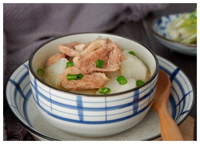 中秋节到,多吃萝卜和鸭肉,开胃健脾胃口好,清热润燥养身体