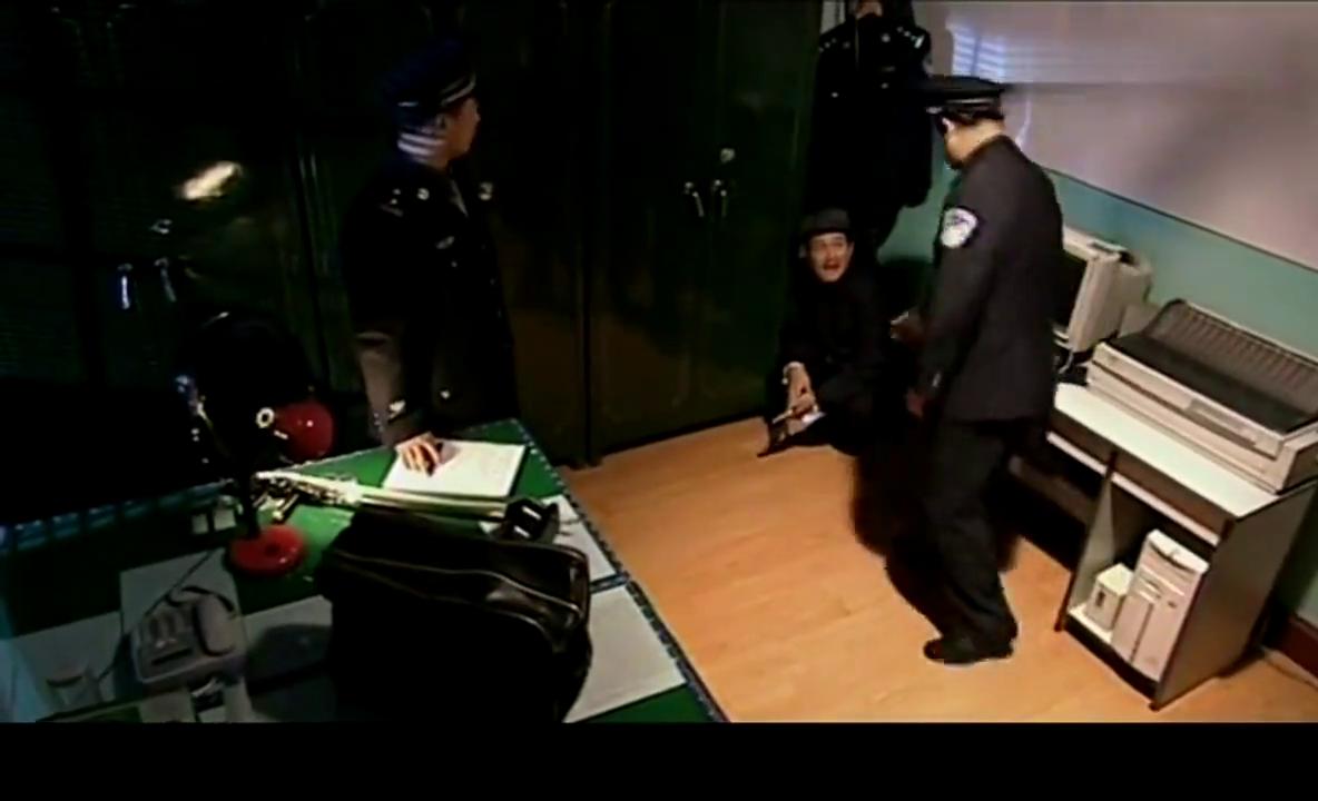 马大帅爆笑片段:赵本山二进警局,和警察唧唧歪歪太逗了!