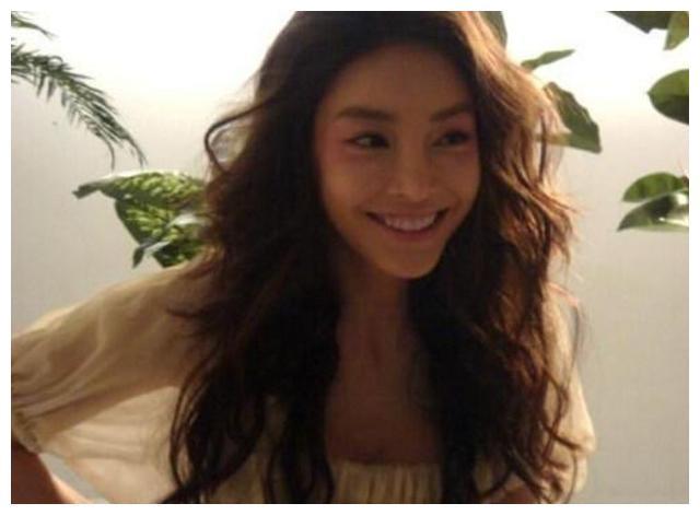 张紫妍案件细节曝光,和闺蜜聊天中显露出绝望,网友:下流至极!