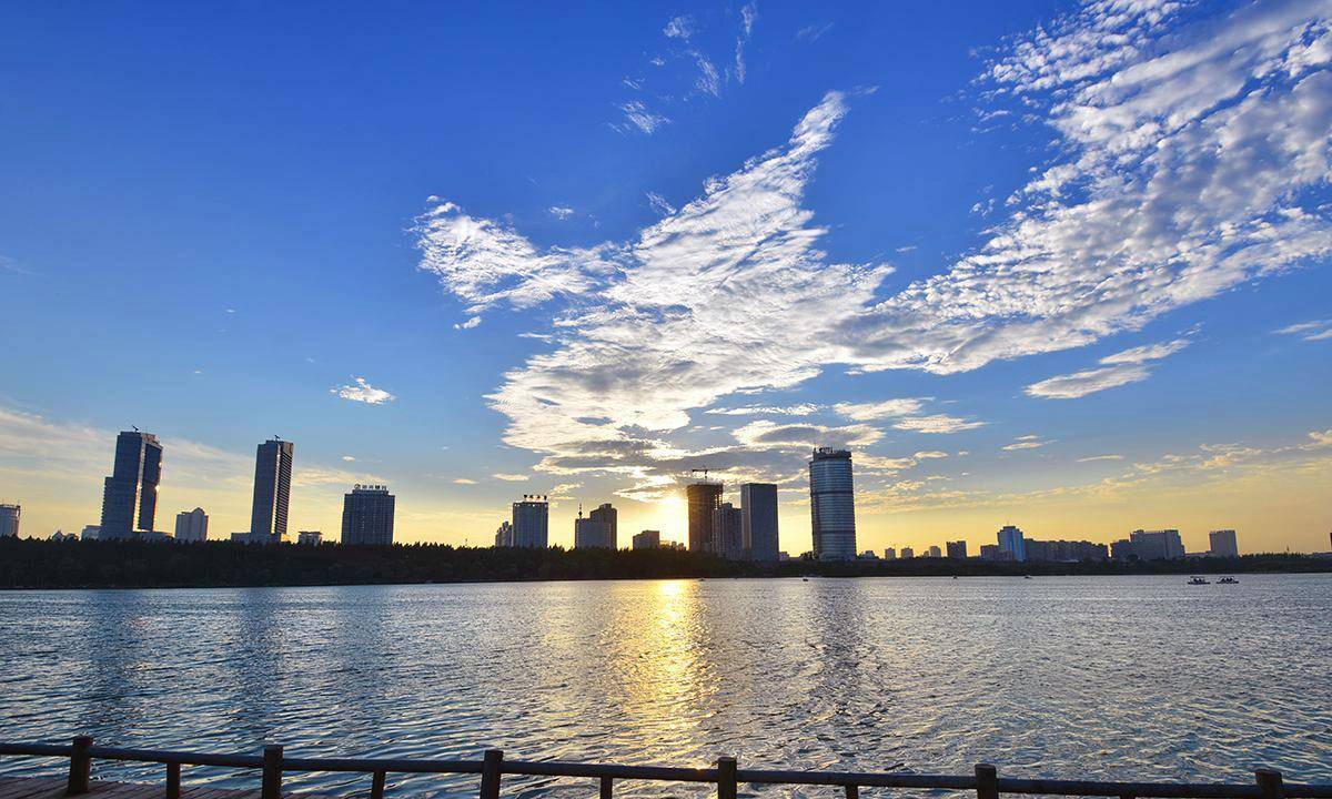 中国最特别的省会,地铁要修到外省城市,省内城市怎么办呢
