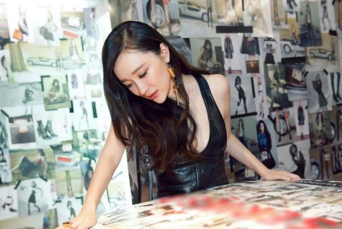 37岁的霍思燕大波浪简直太美了,网友:杜江的眼光真棒!