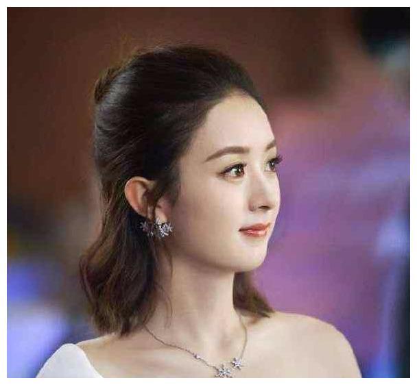 冯绍峰追求赵丽颖的细节:手机备注虽然就一个字,却让她感动不已