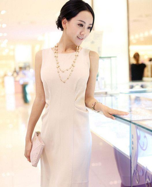 路人视角下的杨蓉,可以很知性优雅,也可以很清新甜美,十足迷人