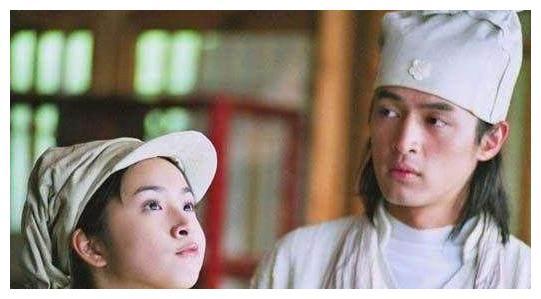 林依晨常称呼胡歌胡教授,道出这个原因,网友表示认同!