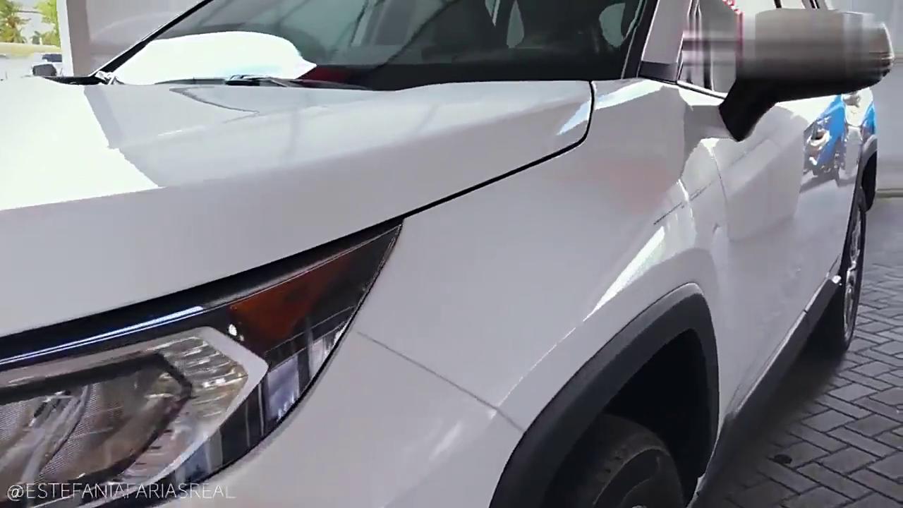 视频:2019款美版丰田RAV4细节展示,外观颜值提升了不少!