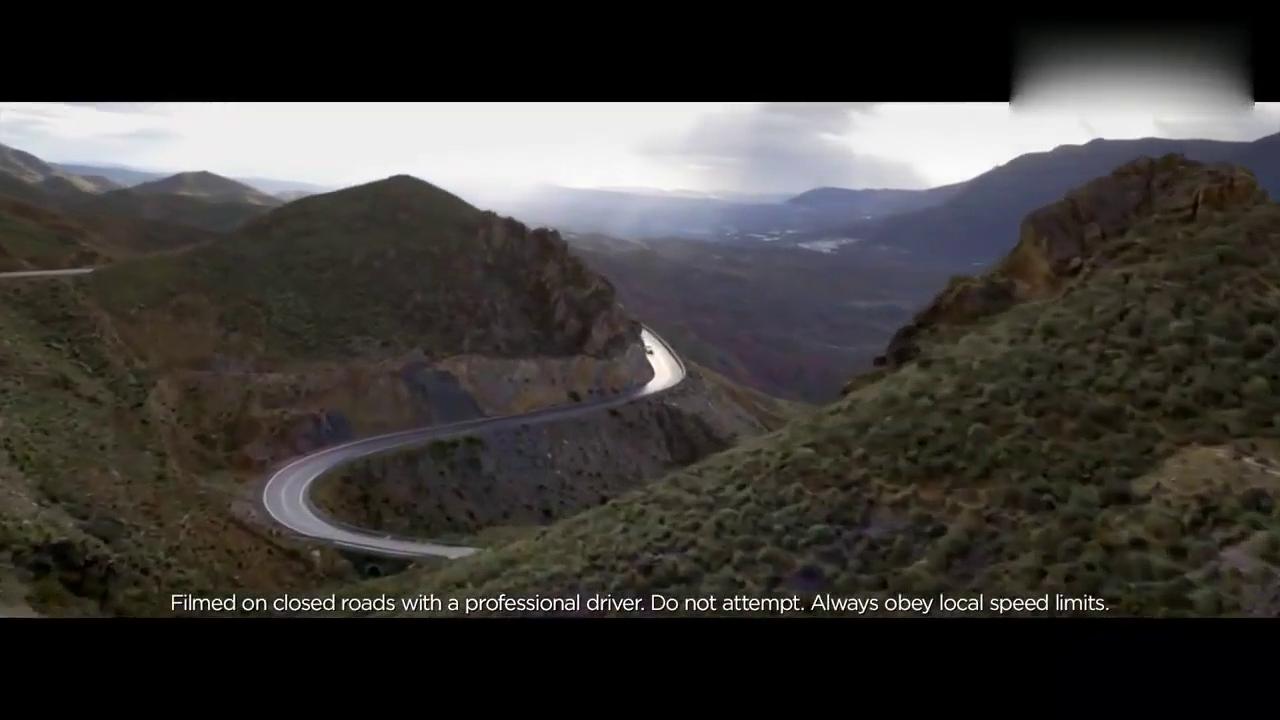 视频:高颜值座驾 实拍全新捷豹XF Sportbrake