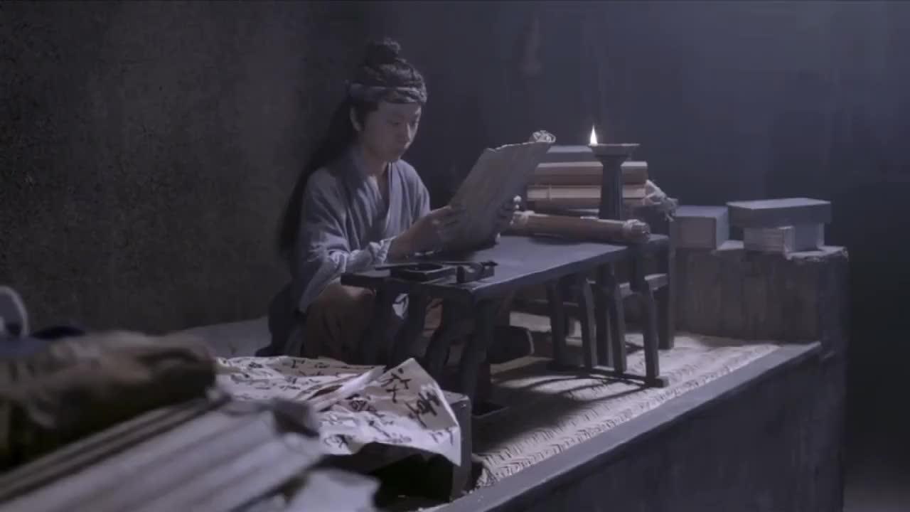少年葛洪虽然家境生活困难可他的学习热情却很高