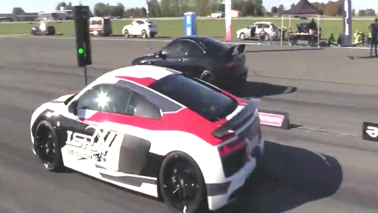 奥迪R8 VS 本田型格,踩下油门就输在了起跑线上