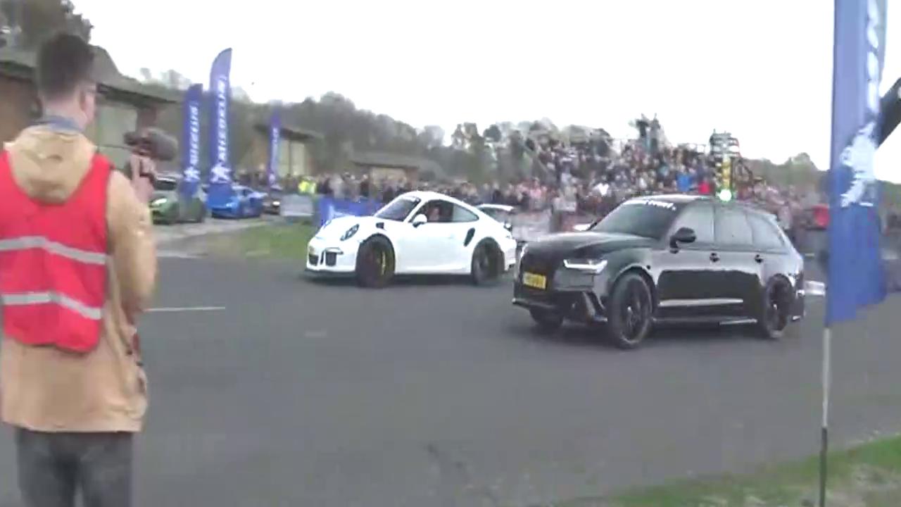 奥迪RS6 C7与保时捷911的巅峰对决,王者之间的竞争!