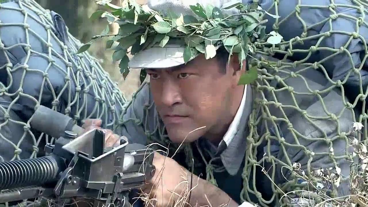 雪豹坚强岁月第34集:卫国率领特战队轰炸鬼子铁王八,八路军霸气