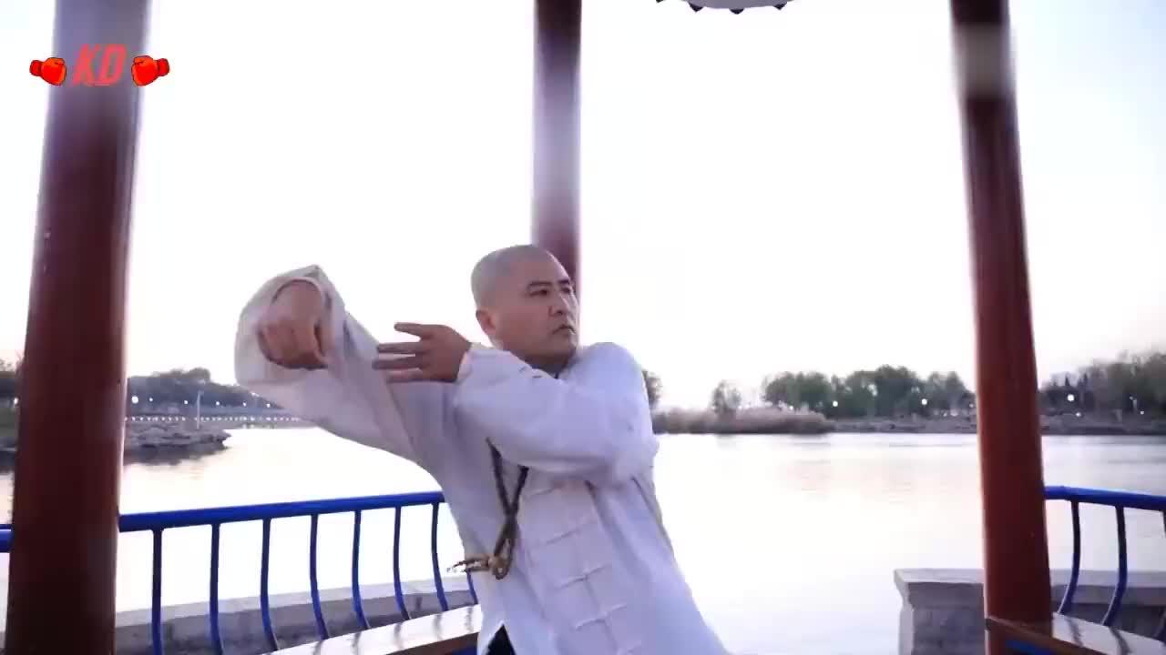太极雷雷正紧张训练备战杨氏同门师兄亲赴为雷公加油