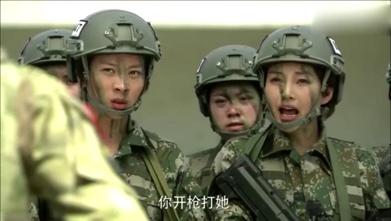 特种兵:女兵当场跟雷神顶嘴!雷神发怒大吼