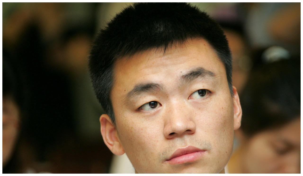 离婚后的王宝强,身边美女越来越多,叶璇究竟是不是他的另一半!