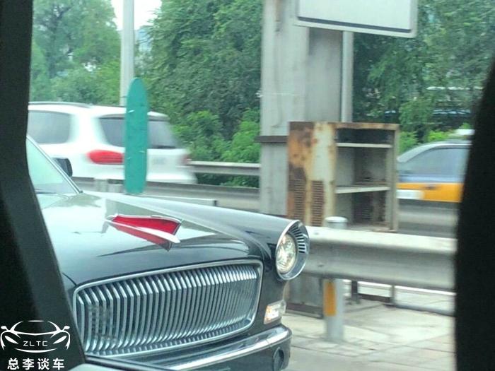 澳门首辆红旗L5上路,挂两地牌照,车牌的数字很有意义