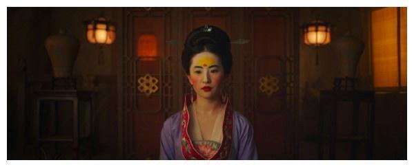 刘亦菲版花木兰雷成 表情包 ,专家 还原复古也要适应当下审美