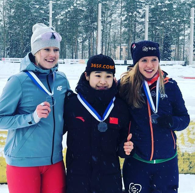 巾帼不让须眉!即时比分中国速滑女队世界杯狂揽4金成最大赢家