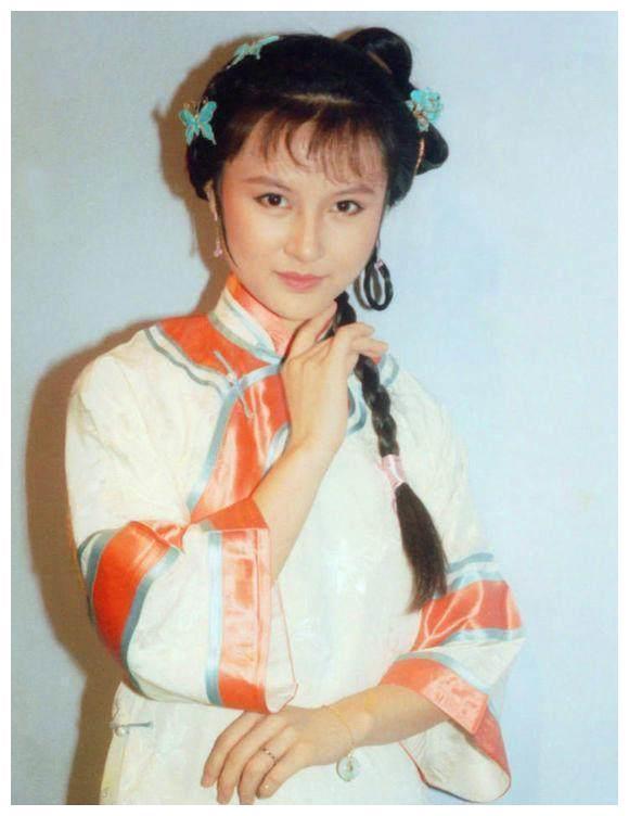 刘德华曾给她伴舞,饰演建宁公主深入人心,53岁气质优雅似少女