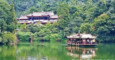 青城山、诸葛八卦村、阿尔山……,中秋出游,推荐几个人少好玩地
