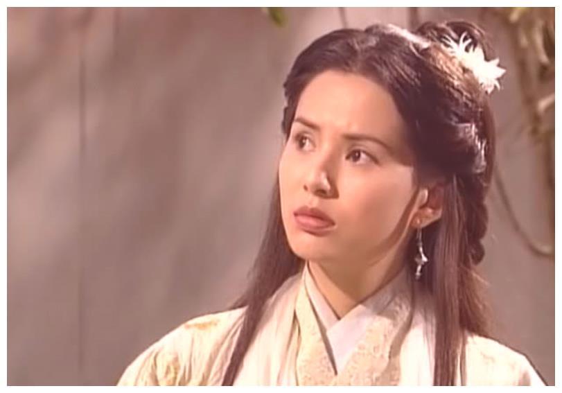 古装剧中行走中的武林秘籍,童蕾质朴、俞飞鸿艳丽、李若彤清雅
