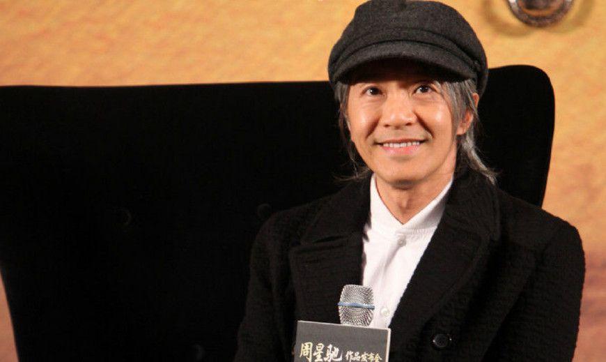 同是影视圈大佬,星爷老了,李连杰老了,57岁的他却有40的容颜