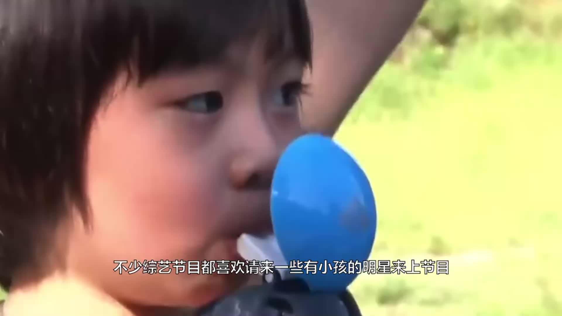 13岁李嫣第一次晒美照双下巴胜不了嘴唇高冷眼神更像王菲