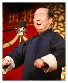 实拍著名相声演员郑小山追悼会,得意弟子苗阜参加,侯耀华现身