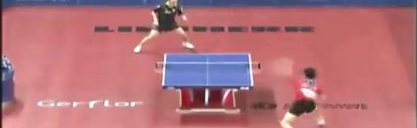 奇妙的侧拐弧圈球_乒乓球比赛精彩视频