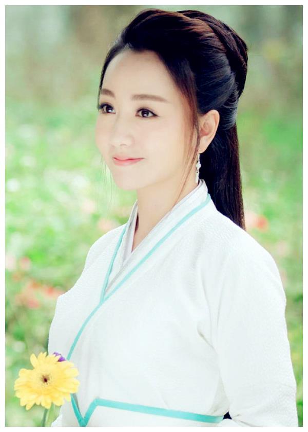 """同样饰演""""薛采月"""",杨蓉在林心如面前,输了颜值又输气场"""