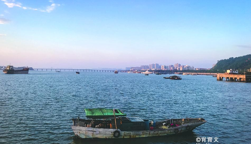 广西北部湾的簕山古渔村,一个旖旎低调的地方,这里的沙虫最出名